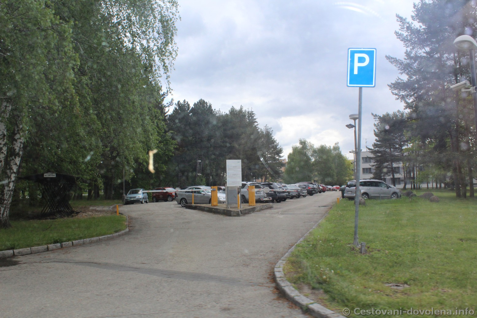 Parkování u lázní Aurora