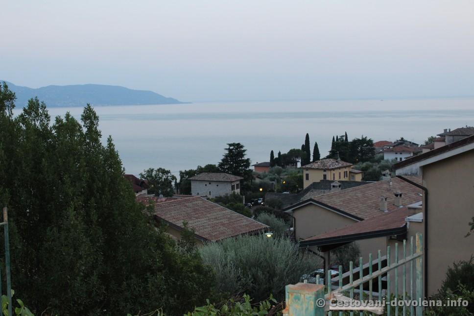 Hotel Meandro - výhled na Lago di GARDA