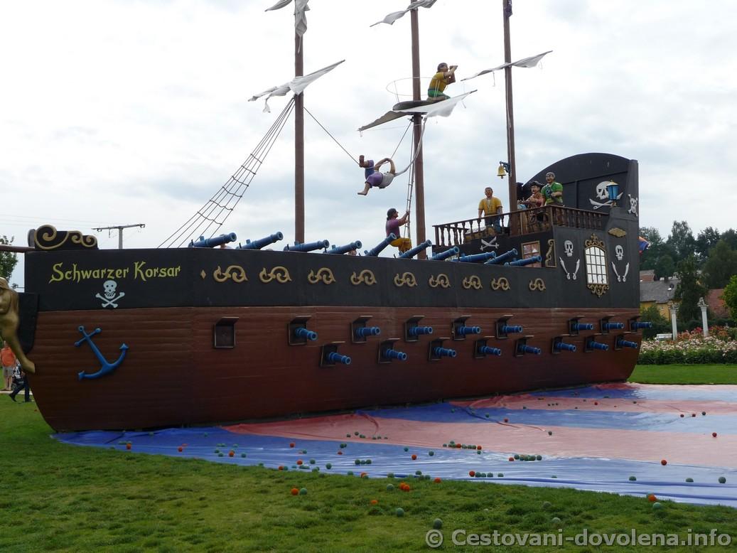 Bitvení loď v Churpfalzpark