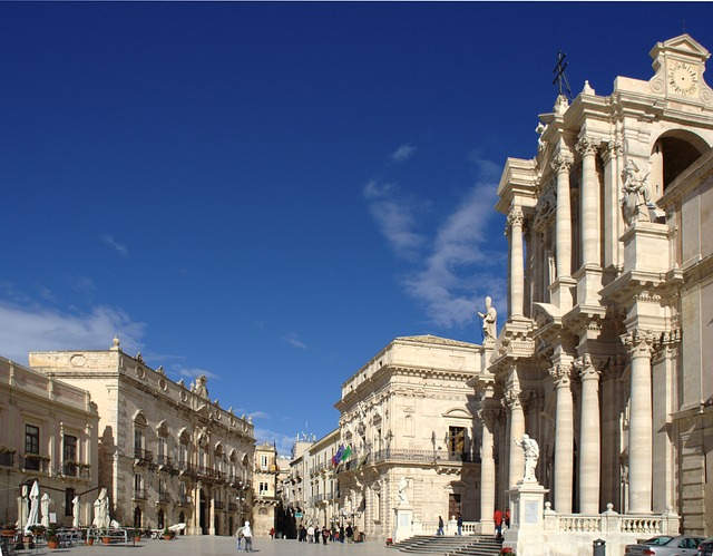 Milán, město milovníků oper, módy a umění