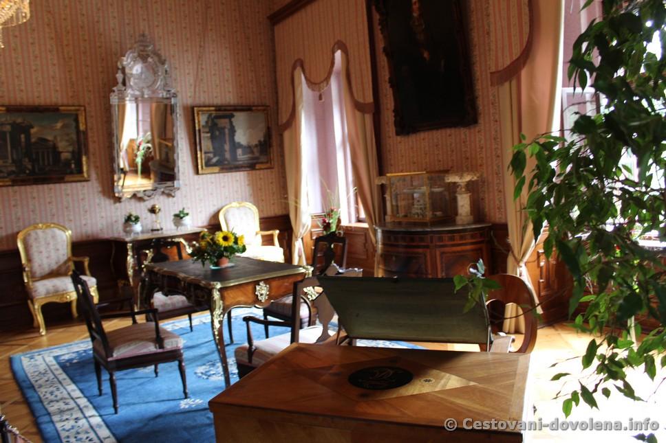Interiér zámku Červená Lhota