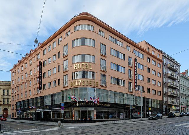 Jak naplánovat teambuilding v Praze? Základem je dobrý hotel i zábava
